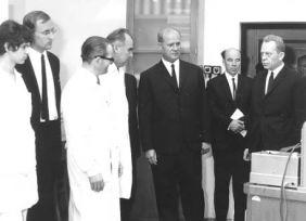 Losonczi Pál látogatása tanszékünkön (mellette Gergely Artúr)