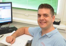 Kecskeméti Ádám (kémia BSc, vegyész MSc): Immobilizált tripszines mikroreaktor kifejlesztése (2011-2015)
