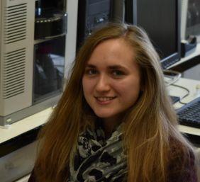 Nagy Cynthia Nóra (kémia BSc): Könny minták fehérjetartalmának tripszines gyors gyors bontása mikrofluidikai csipben (2016-)